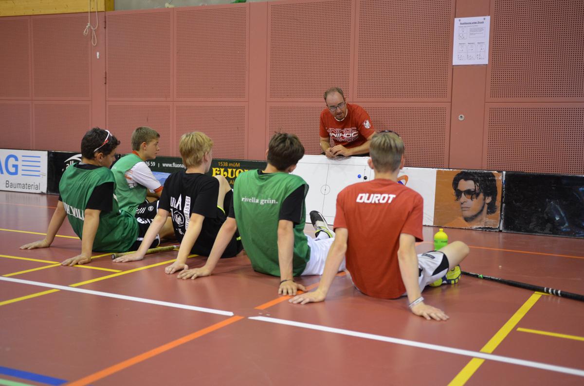 Pädi im Einsatz als Trainer im Juniorenlager 2016. (Foto: Simon Abächerli)