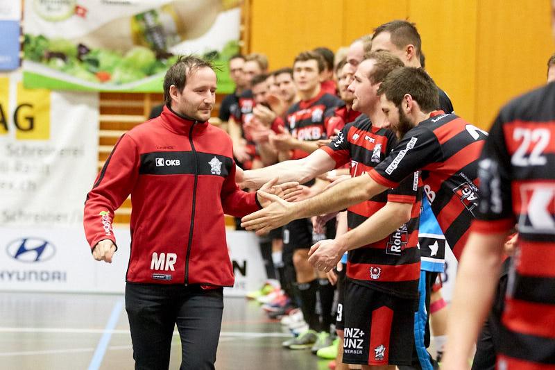 Ad Astra Sarnen - Basel Regio Resultat 4 : 3  am 22. Januar 2017 in der Dreifachhalle Sarnen  Bild: Michael Peter und Stefan Bräutigam