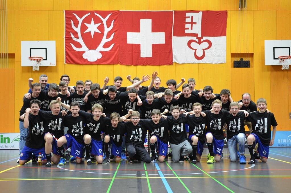 Die Aufsteigerjungs der U16 (Foto: Simon Abächerli)