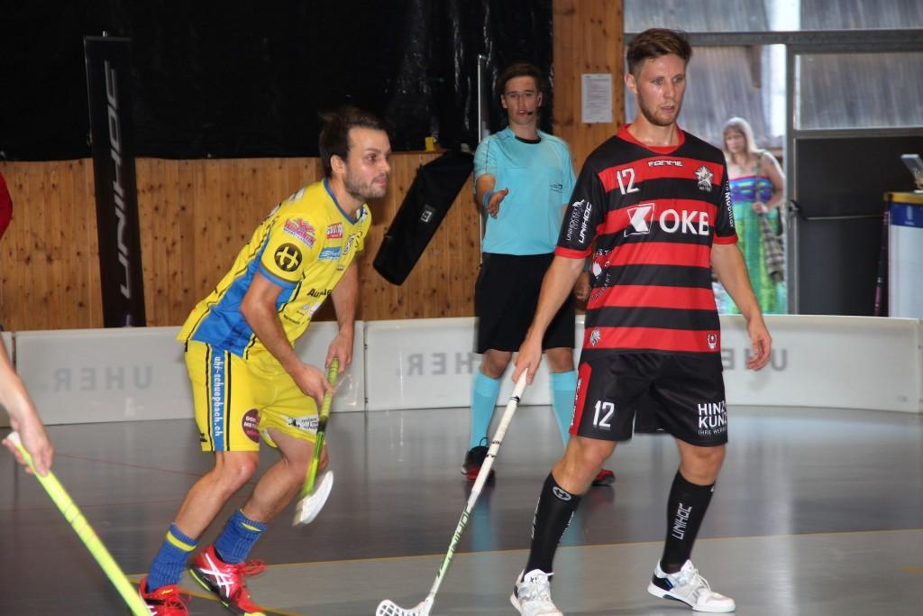 Marcel Kramelhofer im Einsatz beim Auswärtsspiel in Schüpbach (Foto: Anton Bieri)
